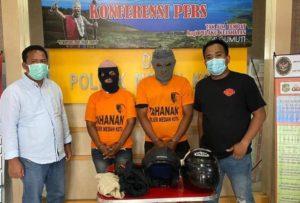 Medanoke.com - Pasutri ditangkap Polisi Medan kota
