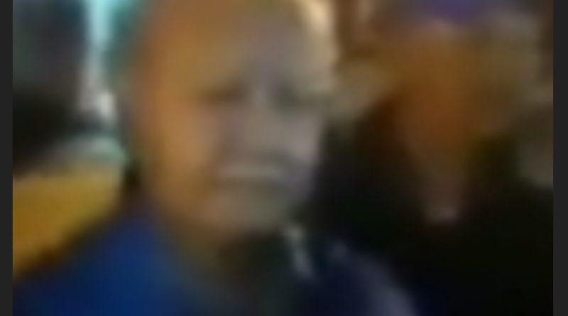 Medanoke.com - Pria Paruh Baya Protes Suara Tadarus Menggunakan Pengeras Suara