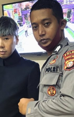 Medanoke.com - Roy Kiyoshi