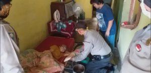 Medanoke.com - Polsekta Medan Kota Beri Bantuan Beras Kepada Lansia Saat Pandemi Covid 19